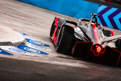 | Driver: Oliver Rowland| Team: Nissan e.dams| Number: 22| Car: IM02|| Photographer: Shivraj Gohil| Event: Santiago E-Prix| Circuit: Parque O'Higgins| Location: Santiago| Series: FIA Formula E| Season: 2019-2020| Country: Chile|| Session: FP1|