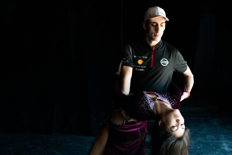 We know Sebastien Buemi has fancy footwork on the pedals of his Nissan e.dams Formula E car - but what is he like on the dancefloor? Check him out during his salsa lessons in Santiago