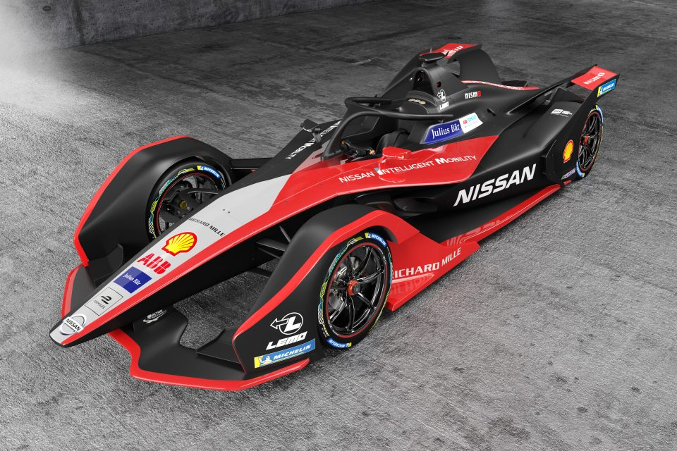 Nissan's Formula E race car gets new kimono-themed look