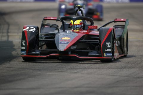 BERLIN TEMPELHOF AIRPORT, GERMANY - AUGUST 09: Oliver Rowland (GBR), Nissan e.Dams, Nissan IMO2 during the Berlin ePrix IV at Berlin Tempelhof Airport on Sunday August 09, 2020 in Berlin, Germany. (Photo by Andrew Ferraro / LAT Images)