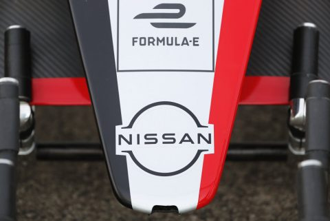 Nissan e.Dams bodywork in the pits