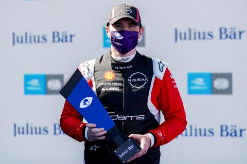 BERLIN TEMPELHOF AIRPORT, GERMANY - AUGUST 12: Oliver Rowland (GBR), Nissan e.Dams, with pole position award during the Berlin ePrix V at Berlin Tempelhof Airport on Wednesday August 12, 2020 in Berlin, Germany. (Photo by Sam Bloxham / LAT Images)